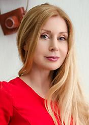 Foto von Iryna - eine Frau aus der Ukraine auf Partnersuche