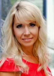 Elena, (42), aus Osteuropa ist Single