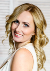 Anastasia, (32), aus Osteuropa ist Single