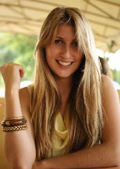 Alena, (25), aus Osteuropa ist Single