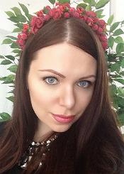 Alisa, (24), aus Osteuropa ist Single