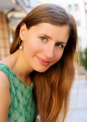 Yulia, (26), aus Osteuropa ist Single