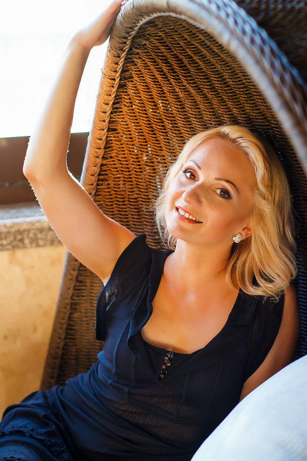 Vitalina - Partnervermittlung Ukraine, Foto 2