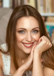 Victoria, (31), aus Osteuropa ist Single