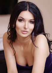 Alina, (25)