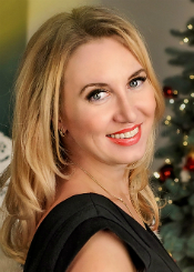 Elena, (37), aus Osteuropa ist Single