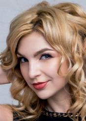 Ludmila, (27), aus Osteuropa ist Single