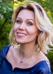 Natalia, (35), aus Osteuropa ist Single