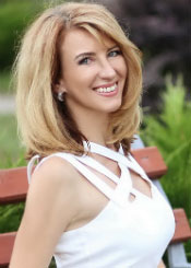 Natalia, (43), aus Osteuropa ist Single