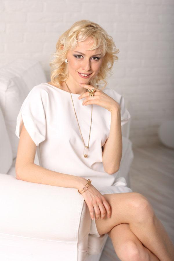 Alena - Partnervermittlung Ukraine, Foto 2