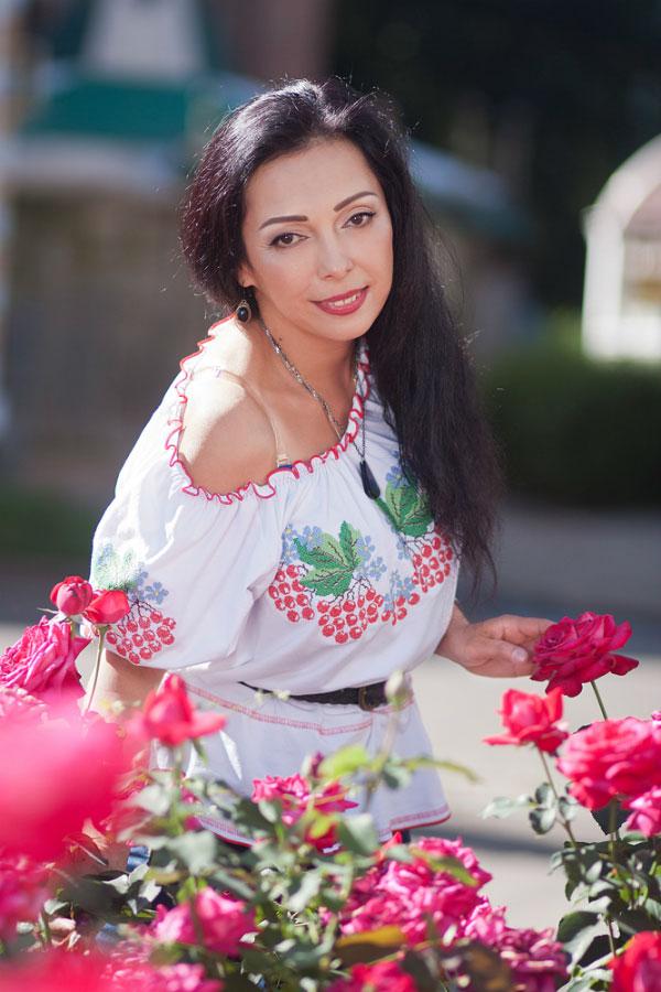 Zuhra - Partnervermittlung Ukraine, Foto 2