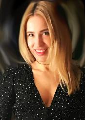 Viktoria, (33)