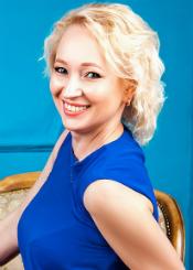 Olga, (44), aus Osteuropa ist Single