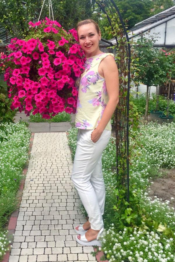 Elena - Partnervermittlung Ukraine, Foto 1