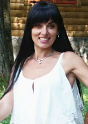 Lilia, (34), aus Osteuropa ist Single