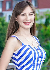 Ekaterina, (28), aus Osteuropa ist Single