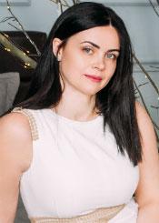 Alina, (44), aus Osteuropa ist Single
