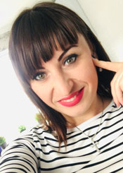 Irina, (31), aus Osteuropa ist Single