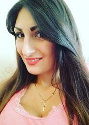 Diana, (24), aus Osteuropa ist Single