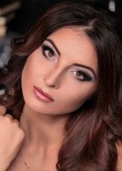 Alena, (30), aus Osteuropa ist Single