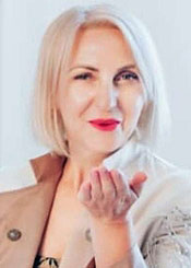 Ludmila, (55), aus Osteuropa ist Single