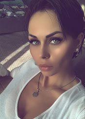 Olga, (34), aus Osteuropa ist Single