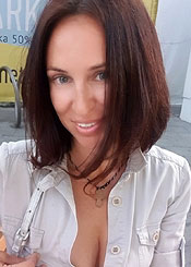 Lusia, (44), aus Osteuropa ist Single