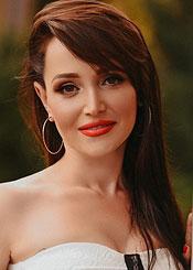 Irina, (43), de Europa del Este es soltera