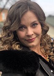 Anastasia, (24), de Europa del Este es soltera