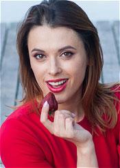 Yulia, (32), aus Osteuropa ist Single