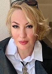 Natalia, (46), aus Osteuropa ist Single