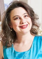 Tatiana, (50), de Europa del Este es soltera