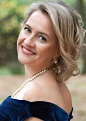 Marina, (48), aus Osteuropa ist Single