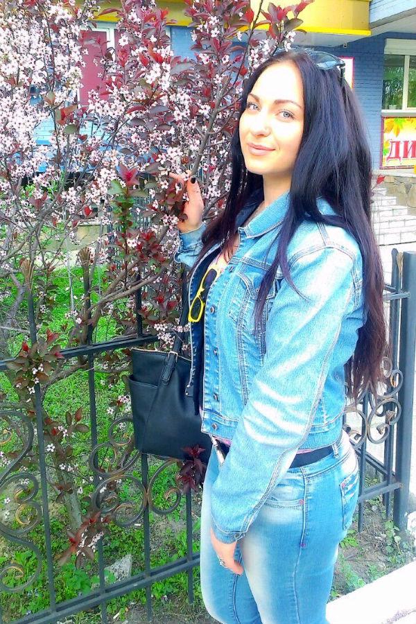 Ukrainische Frauen Partnervermittlung Evgenia eine hübsche ukrainische Frau, Foto (4)