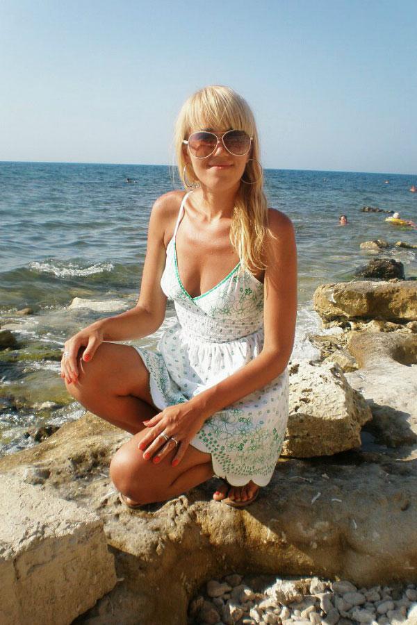 Ukrainische Frauen Partnervermittlung Olesya eine hübsche ukrainische Frau, Foto (3)