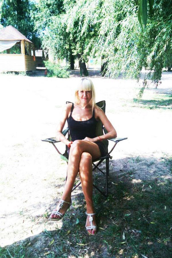 Ukrainische Frauen Partnervermittlung Olesya eine hübsche ukrainische Frau, Foto (4)