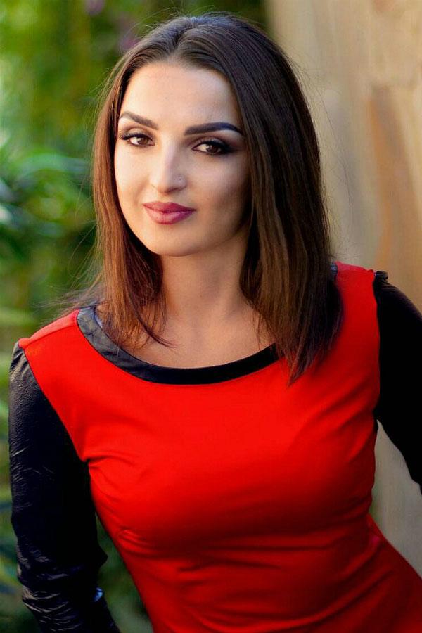 Ukrainische Frauen Partnervermittlung Alla eine hübsche ukrainische Frau, Foto (1)