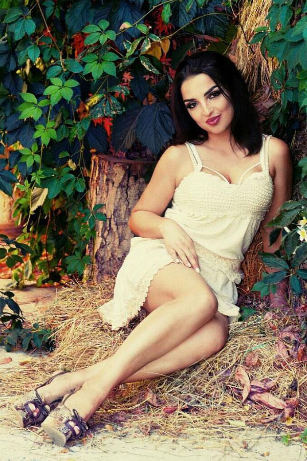 Ukrainische Frauen Partnervermittlung Alla eine hübsche ukrainische Frau, Foto (6)