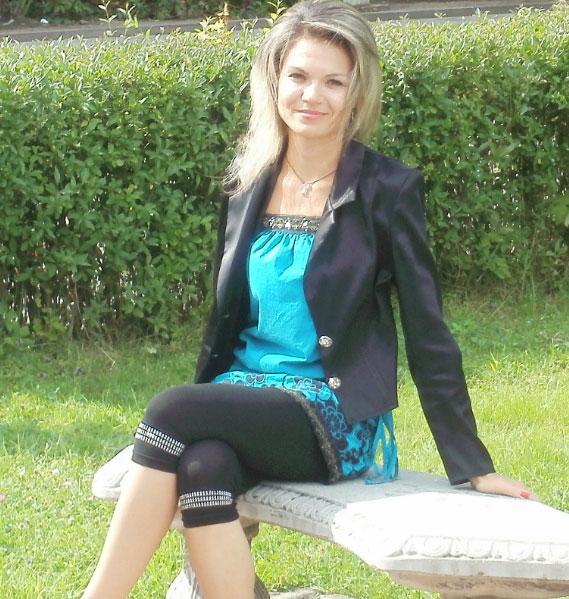 Ukrainische Frauen Partnervermittlung Marina eine hübsche ukrainische Frau, Foto (7)