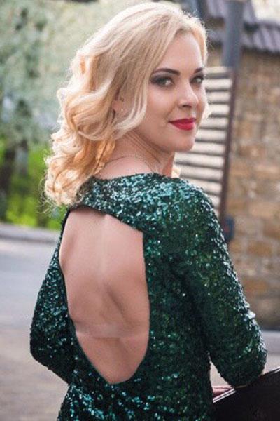 Ukrainische Frauen Partnervermittlung Alyona eine hübsche ukrainische Frau, Foto (2)