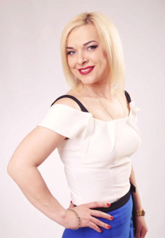 Ukrainische Frauen Partnervermittlung Alyona eine hübsche ukrainische Frau, Foto (3)
