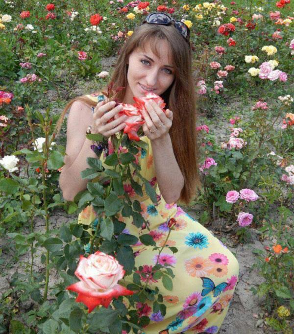 Ukrainische Frauen Partnervermittlung Olena eine hübsche ukrainische Frau, Foto (1)