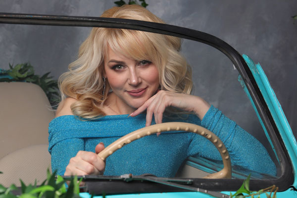 Ukrainische Frauen Partnervermittlung Tatiana eine hübsche ukrainische Frau, Foto (2)
