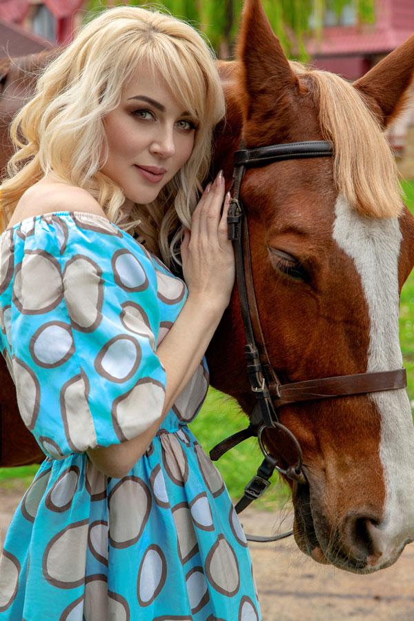Ukrainische Frauen Partnervermittlung Tatiana eine hübsche ukrainische Frau, Foto (4)
