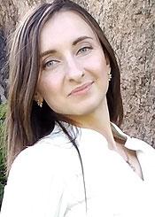 Roksolana, (26), eine ukrainische Frau