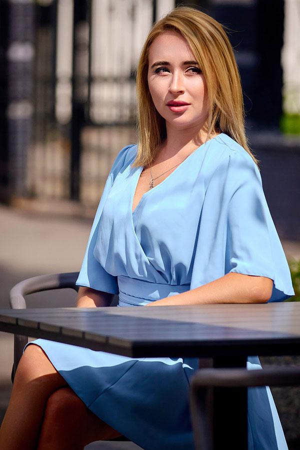 Ukrainische Frauen Partnervermittlung Valentina eine hübsche ukrainische Frau, Foto (3)
