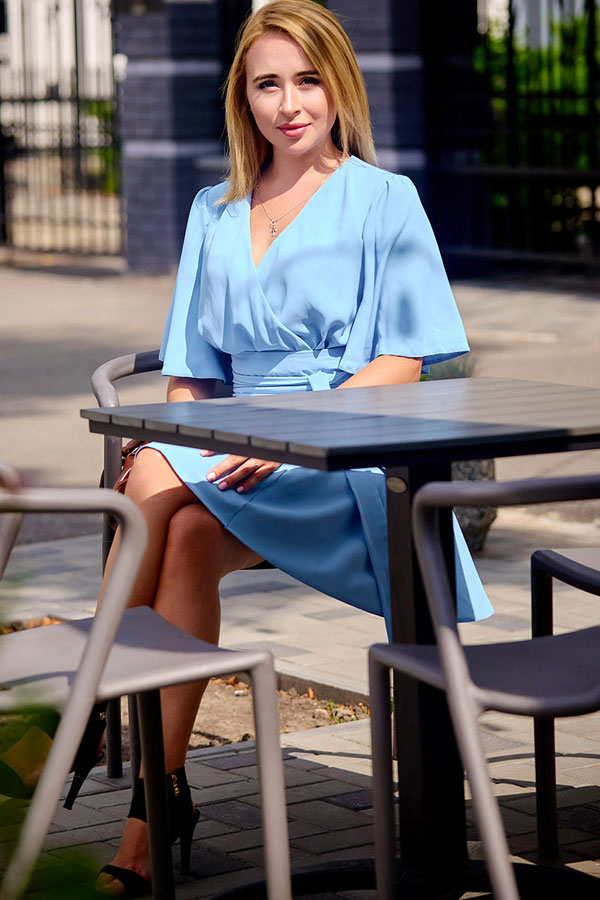 Ukrainische Frauen Partnervermittlung Valentina eine hübsche ukrainische Frau, Foto (4)