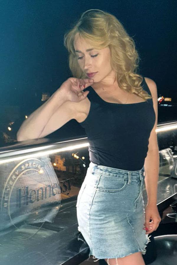 Ukrainische Frauen Partnervermittlung Valentina eine hübsche ukrainische Frau, Foto (8)